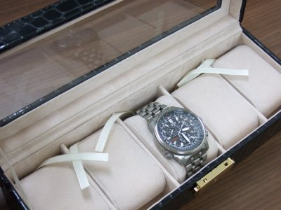 画像1: 腕時計5本収納ケース クロコ風