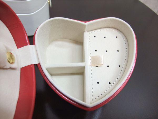ハートのジュエリーボックス