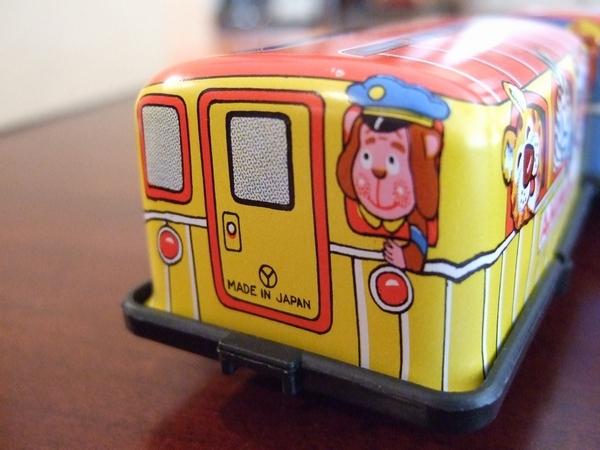 ゼンマイで動く!ブリキ アニマル電車