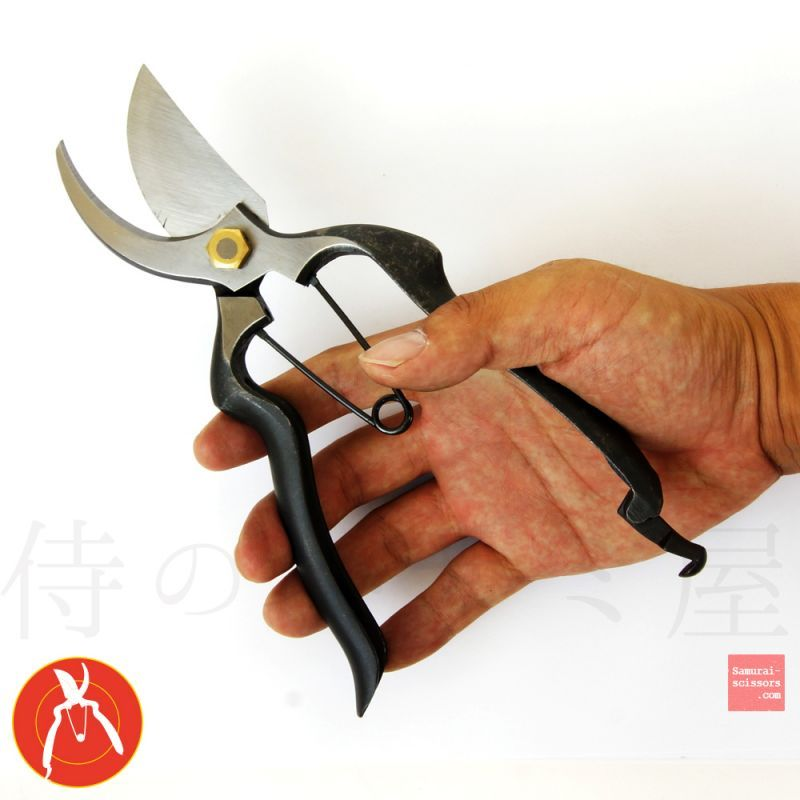 "Bonsai Scissors ""KATANA"" Slim and curved handle, angled head."