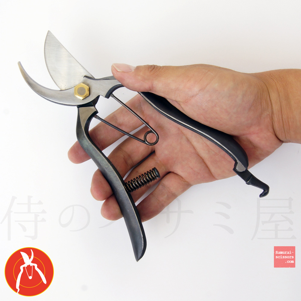 Pruning shears No.18 all‐purpose with spring absorb.
